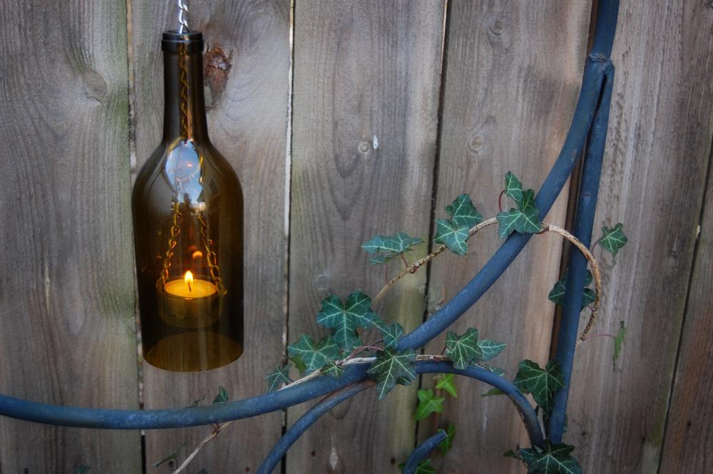 Что можно сделать своими руками из стеклянных бутылок